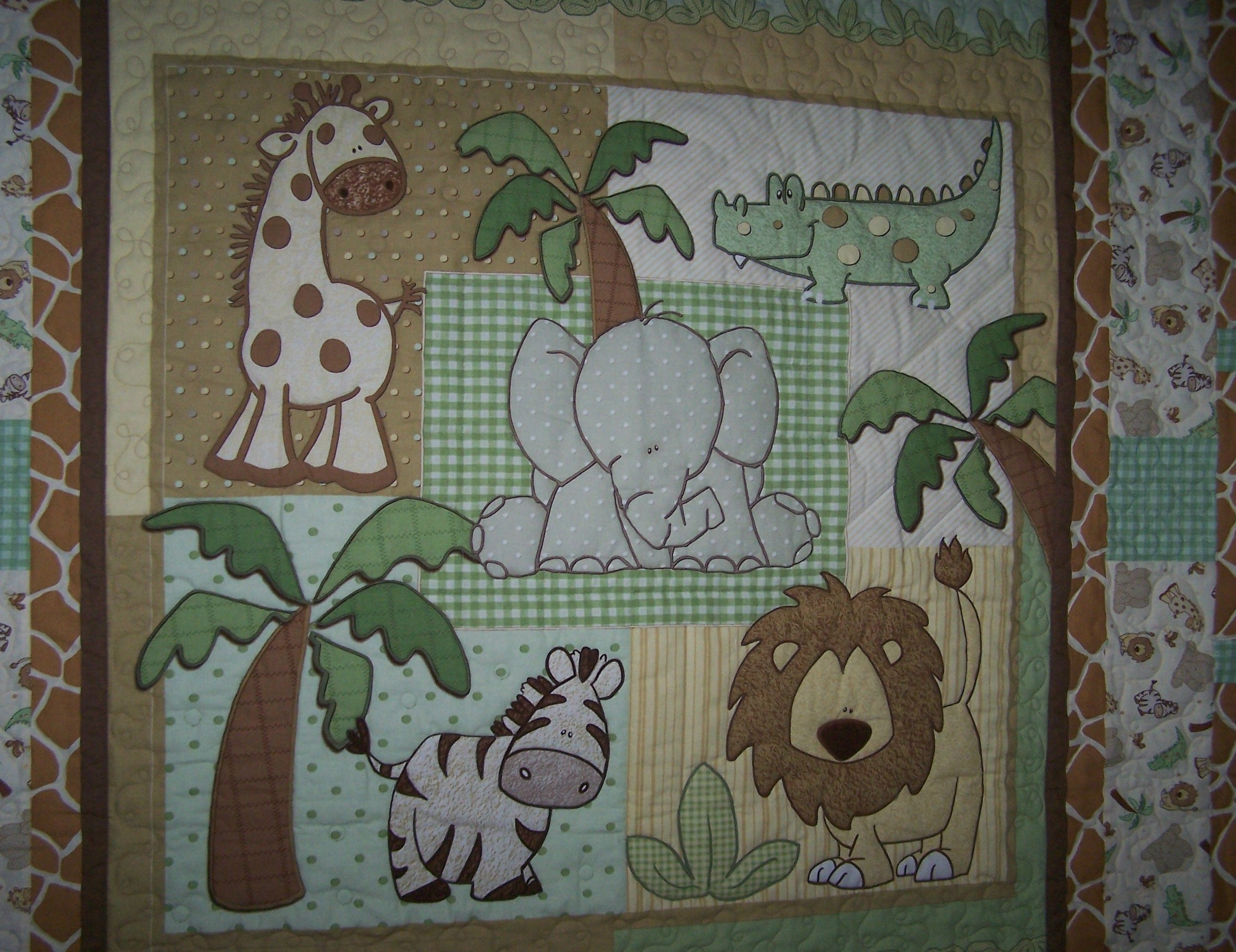 Baby Quilt Pieced and Quilted | napquilting : elephant quilt panel - Adamdwight.com